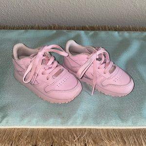 Toddler Pink Reebok Size 6